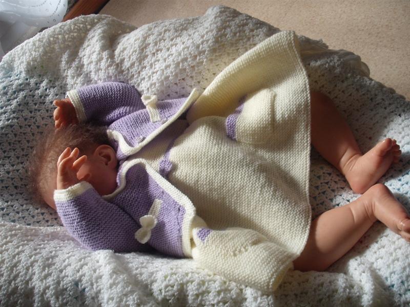 a vos votes pour le concours tricot crochet d'octobre 2012 Dscf5112