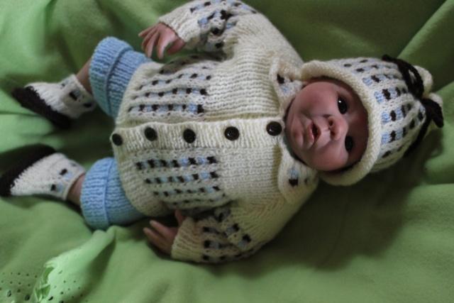 a vos votes pour le concours tricot crochet d'octobre 2012 Img_1610
