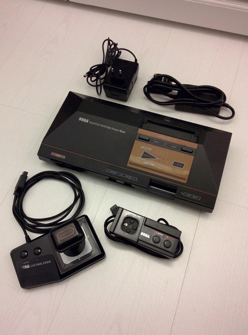 [ESTIM] Console/jeux Megadrive Img_2134