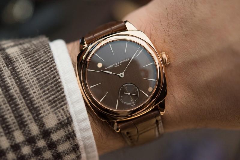 montres de + de 1000 euros - Page 42 Lauren10