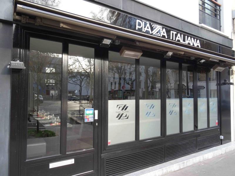 Piazza Italiana Dsc06513