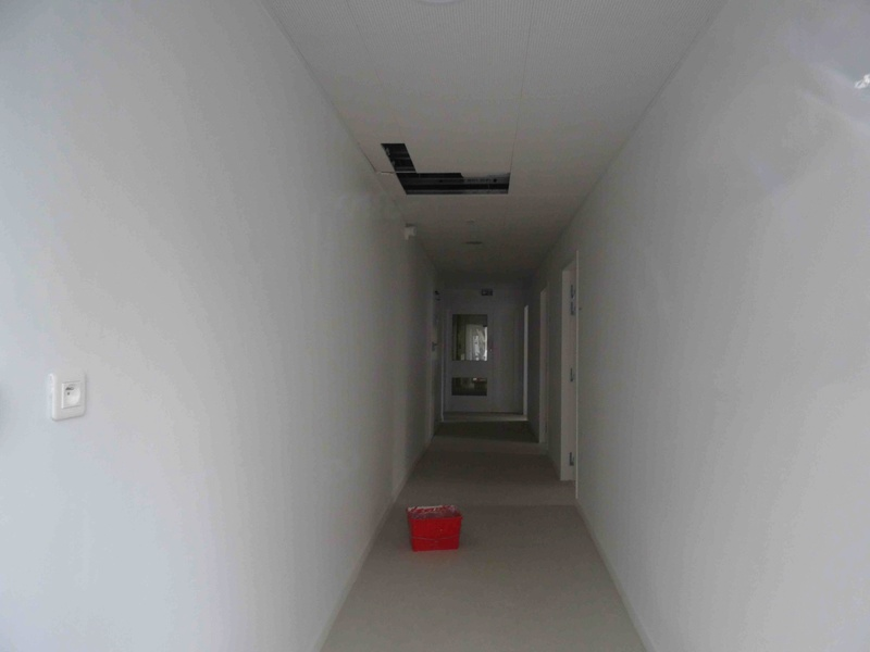 Crèche des petits chaperons rouges (macrolot B5) Dsc06644