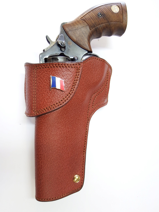 "HOLSTER CUIR  port civil : ""le 127"" by SLYE  Dscf0427"