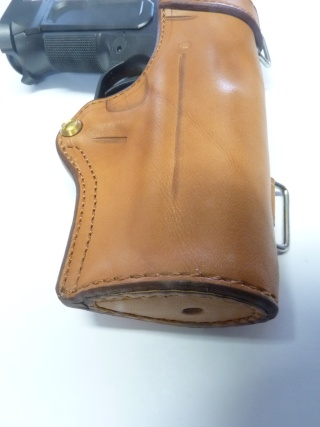 "HOLSTER CUIR "" MULTI FONCTIONS"" : le ""DREADFULL"" by SLYE P1120111"