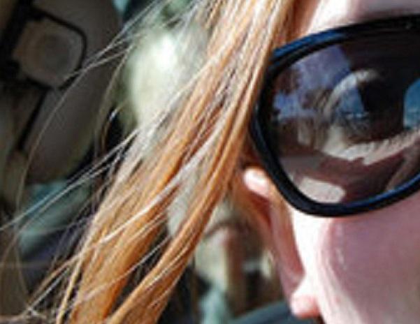 Voiture, fantôme et autoportrait… Selfie10