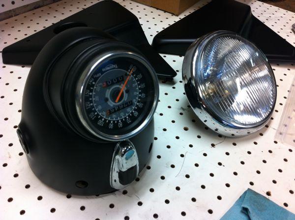 Modification du support de phare et de compteur.  5-mod10