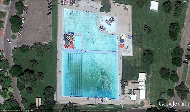 Les piscines du Monde découvertes avec Google Earth - Page 11 Bigpis10