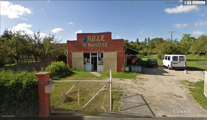 Billes en terre; Saint-Maurice-les-Brousses - France Bille10