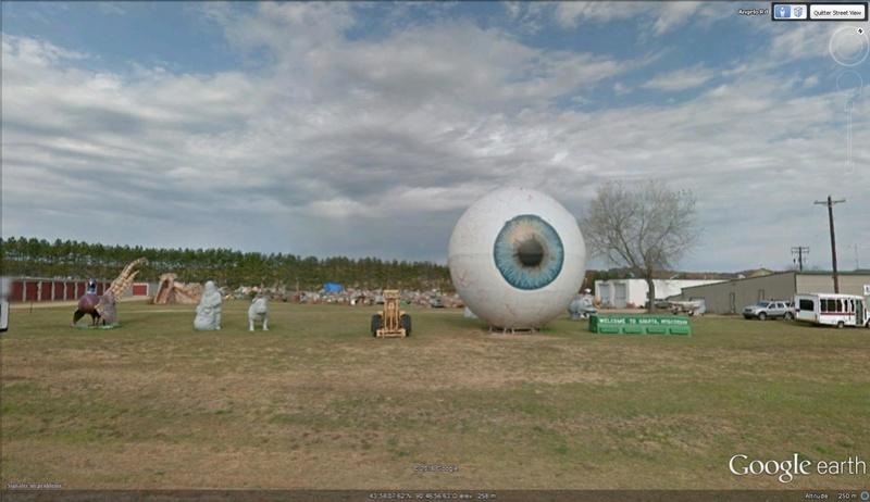 Oeil géant à Angelo, Iowa - USA Oeil10