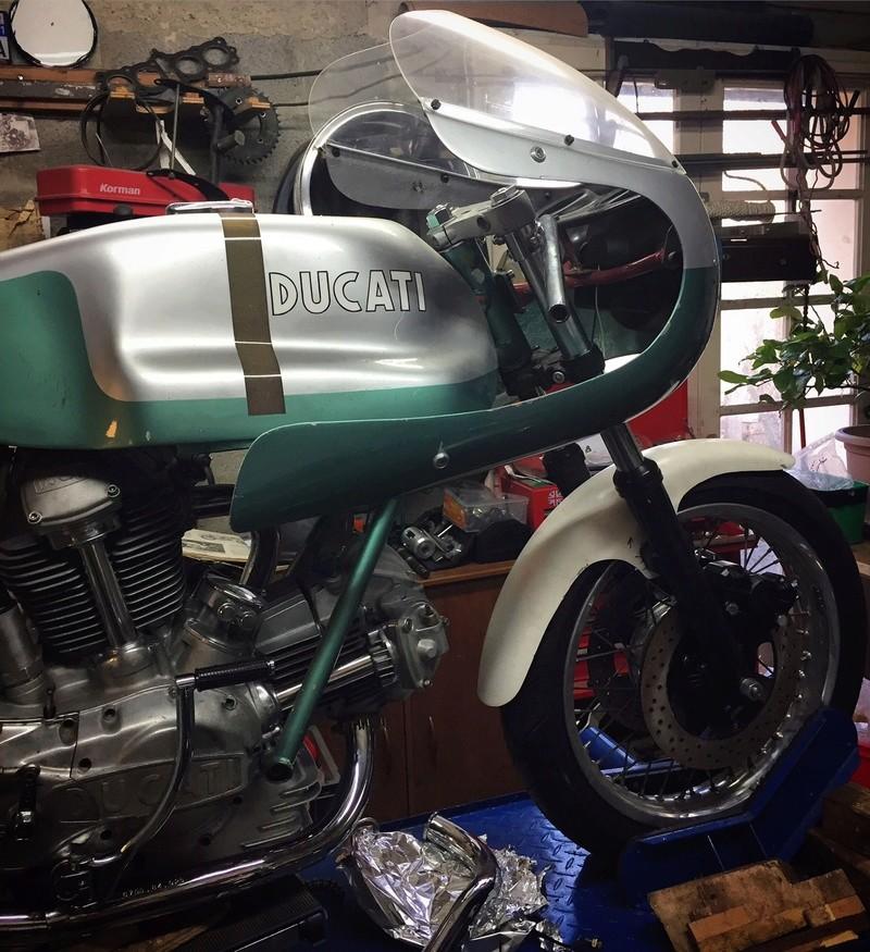 Ducat' 750 et 860 Coniques - Page 3 Img_2111