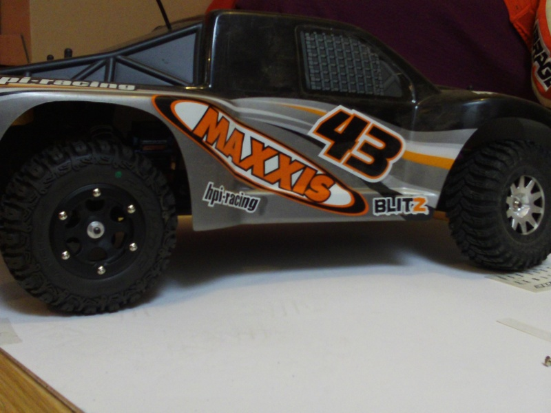 Mon HPI BLITZ brushless Trench10