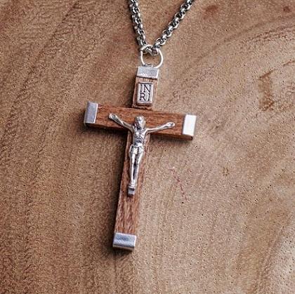 Le crucifix - Alphonse de Lamartine Crucif10