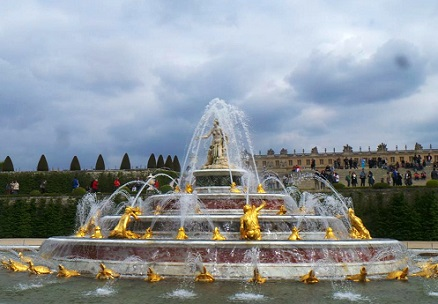 Salut à Versailles - Henri de Régnier Salut_10