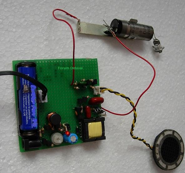 Un projet de compteur geiger à transistors Geiger10