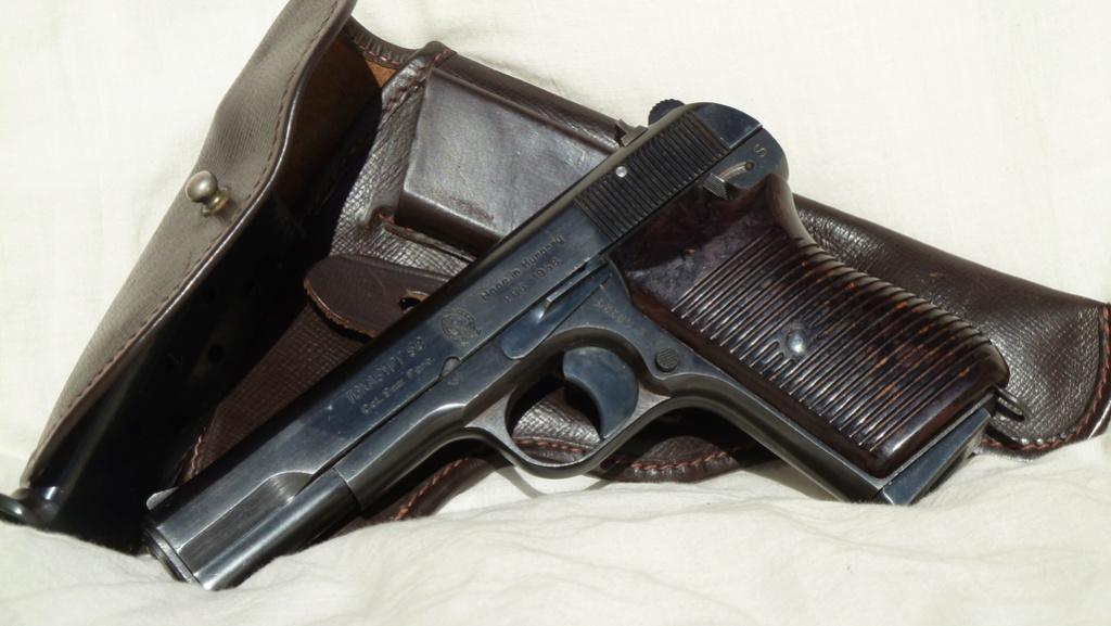TOKAGYPT 9mm Parabellum descendant du TOKAREV TT-33 P1060414