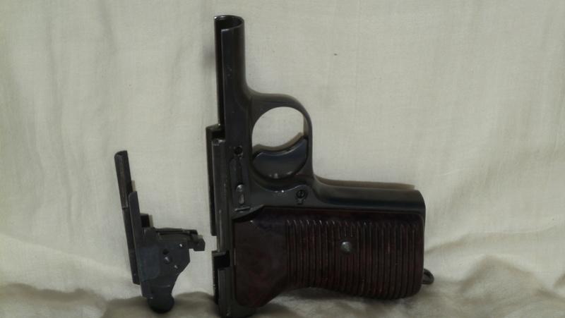 TOKAGYPT 9mm Parabellum descendant du TOKAREV TT-33 P1060417