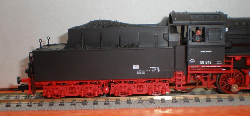 Fleischmann BR 50 mit großen Tender T 34 50_13440