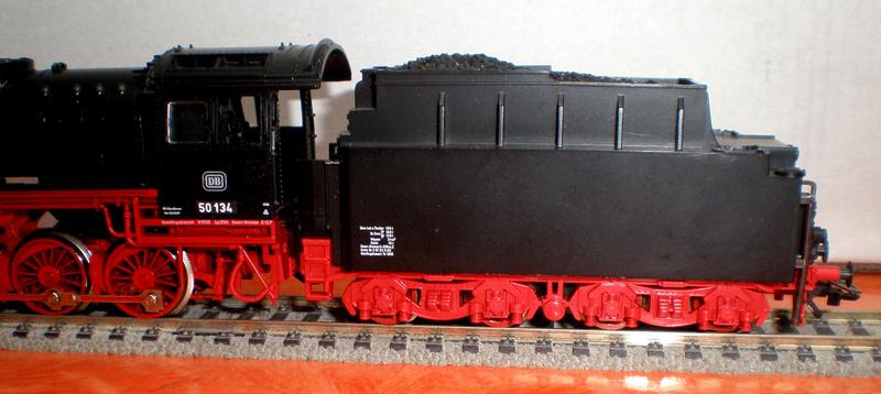 Fleischmann BR 50 mit großen Tender T 34 50_13443