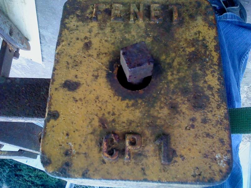 Charrue Fenet BH7 monosoc retournement manuel. Dsc00011