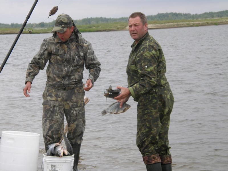 Рыбалка на Волге - Страница 2 P1010076