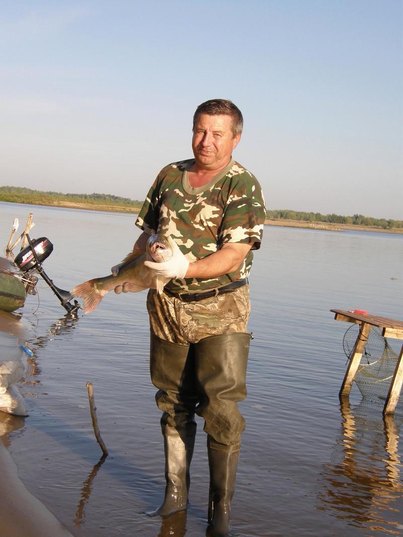 Рыбалка на Волге - Страница 2 P1010090