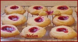 BISCUITS À LA GELÉE DE BELLE-MAMAN  Biscui10