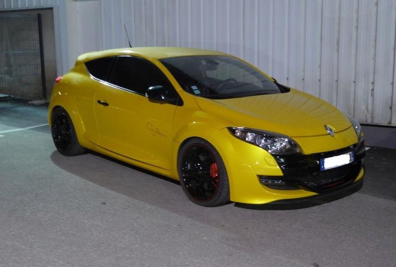 Vendredi soir  RDV Renault Sport à Vitrolles (13 ) P1020912