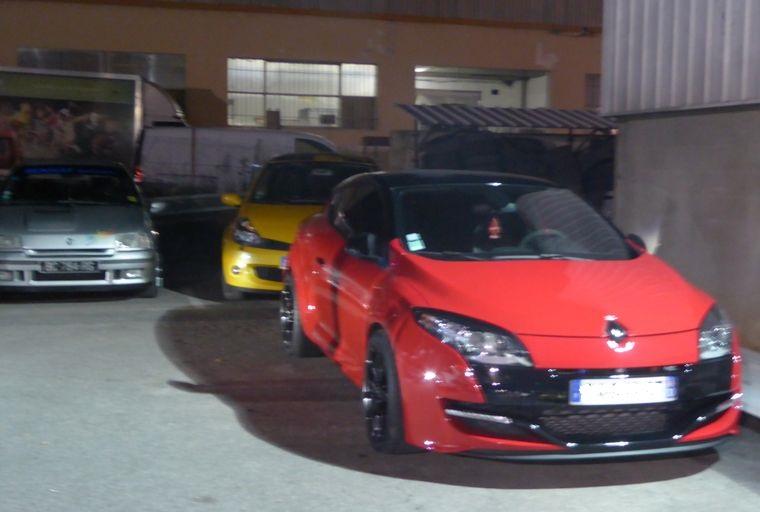 Vendredi soir  RDV Renault Sport à Vitrolles (13 ) P1020919