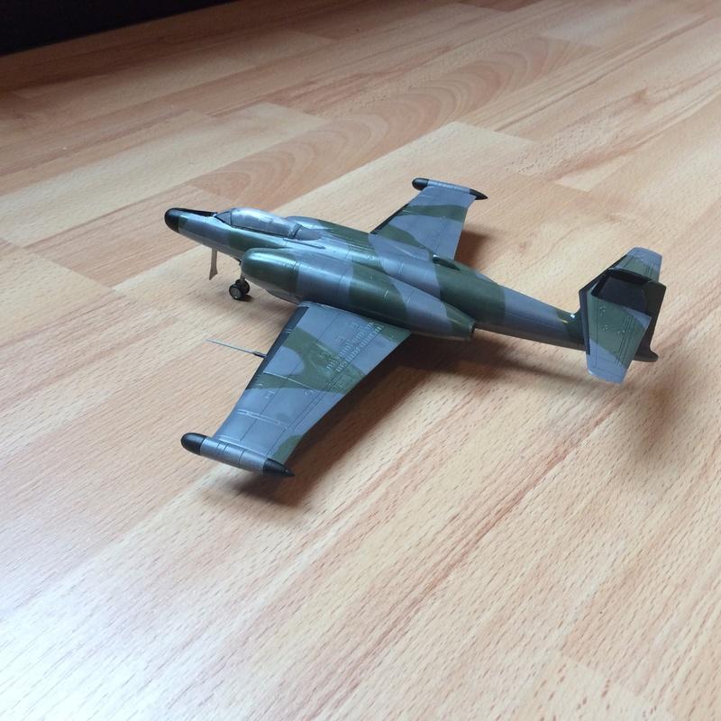 Avro cf-100 Img_0440