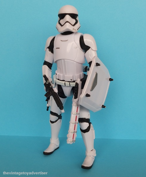 Anyone going to collect the 6 inch Black Series figures? - Page 2 Black_10