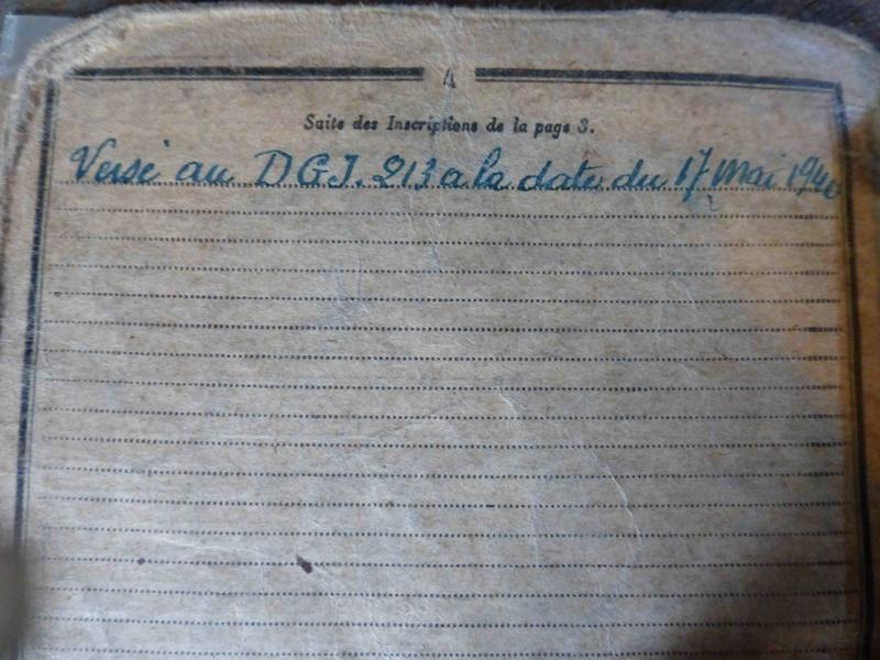 Ensemble livret militaire et autres documents d'un même homme  (1920-1940)-ESC 1 VENDU P1060230