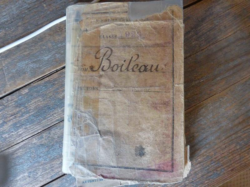 Ensemble livret militaire et autres documents d'un même homme  (1920-1940)-ESC 1 VENDU P1060234