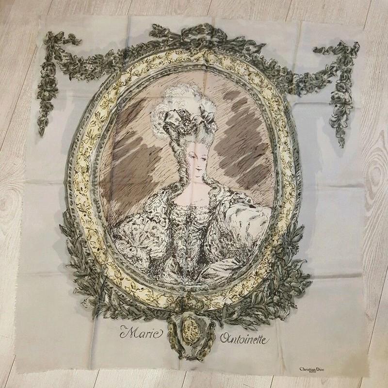 Marie-Antoinette - Divers en vente sur eBay et Le Bon Coin - Page 9 Foular10