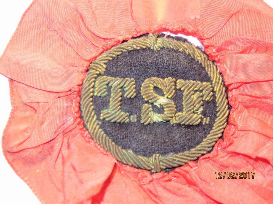 [ Logos - Tapes - Insignes ] Insignes de spécialités dans la Marine Img_3510