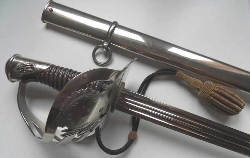 sabre 1855 d'officier supérieur d'infanterie - Page 3 Sdc11011