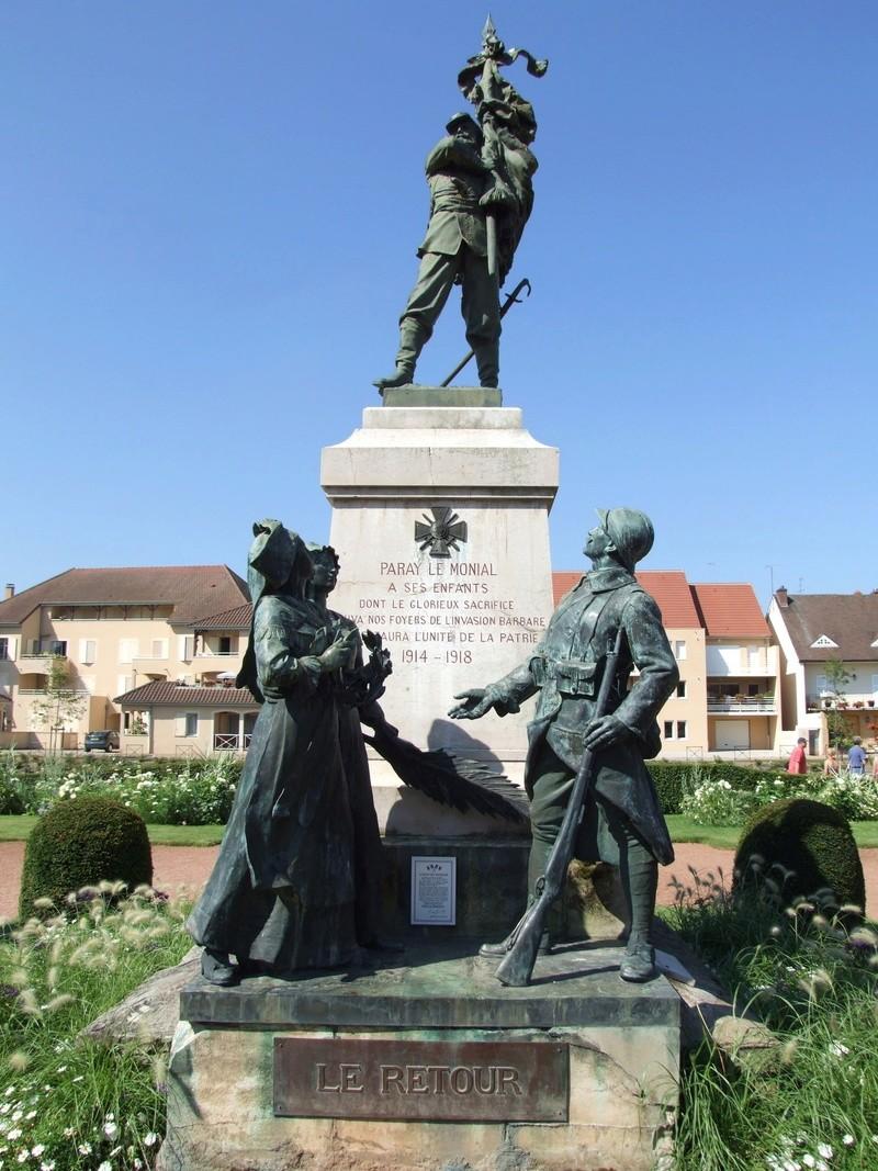 Monument aux morts de Paray Le Monial Paray-10