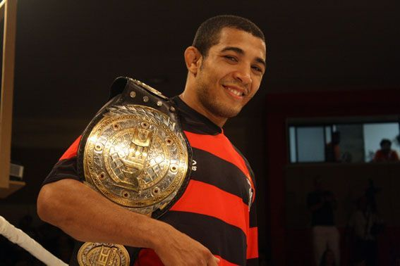 Do futebol para o MMA: a história de José Aldo 12784210