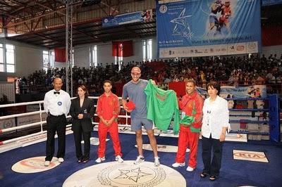 Badr Hari vai competir nas olimpiadas em boxe! Badrha10