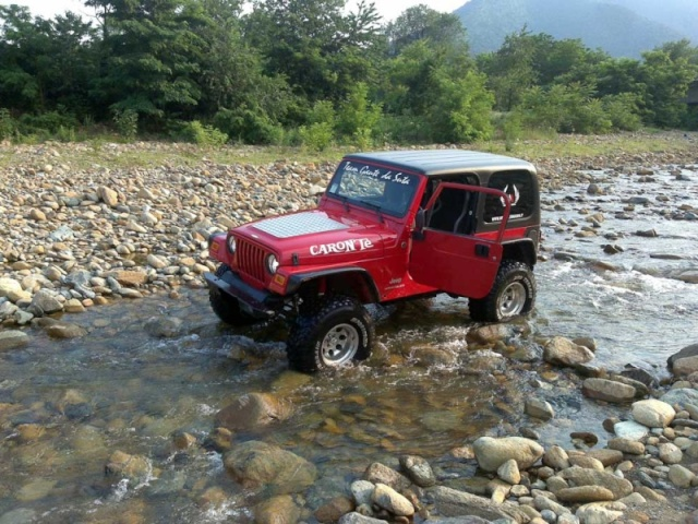 Al fiume per un piccolo lavaggio.... 24062011