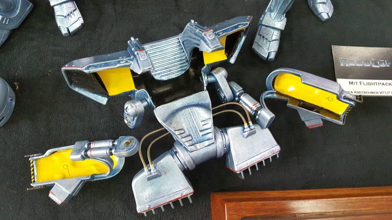 Robocop 1 und Robocop 3 mit Flightpack 1:6 Horizon Comp_249