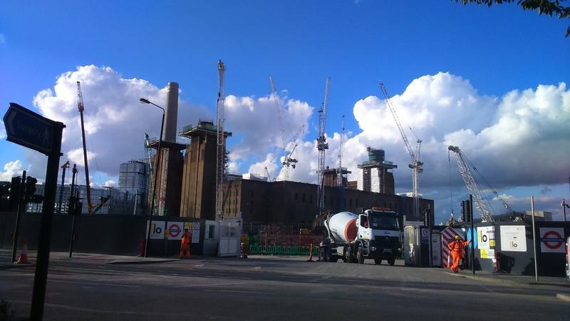 Battersea Power Station est à vendre Dsc_0010