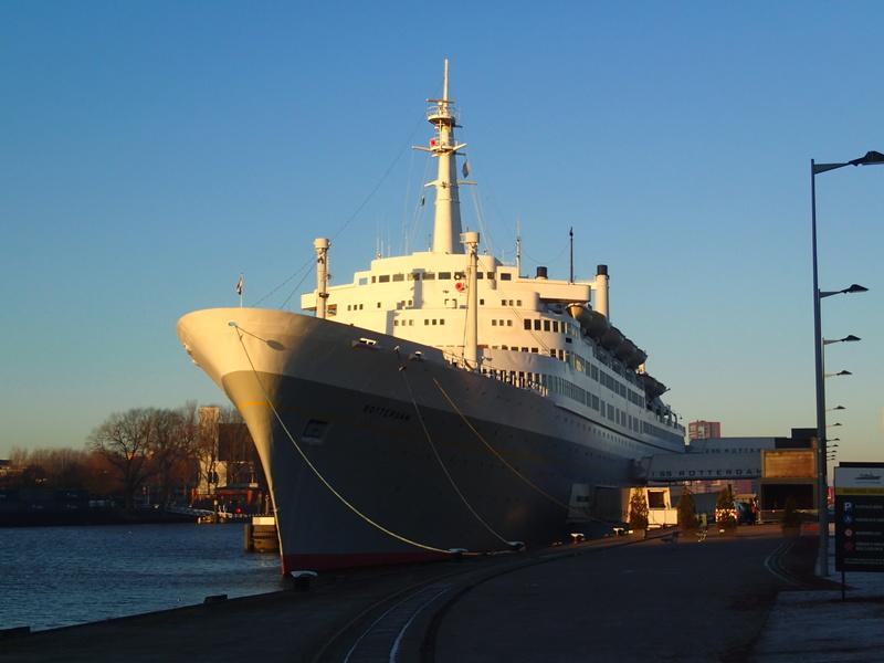 Le SS Rotterdam (V) Pc040410