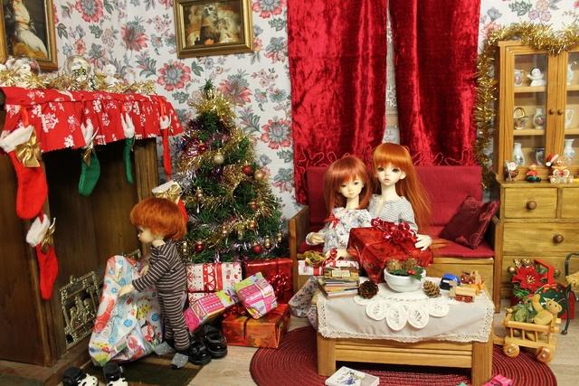 Pas de Noel cette année..a dit maman.mais ce n'est pas elle qui décide!!.(suite p2) - Page 2 Img_0529