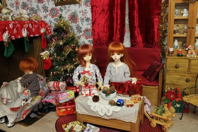 Pas de Noel cette année..a dit maman.mais ce n'est pas elle qui décide!!.(suite p2) - Page 2 Img_0531