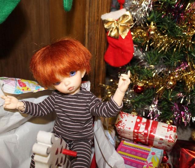 Pas de Noel cette année..a dit maman.mais ce n'est pas elle qui décide!!.(suite p2) - Page 2 Img_0612