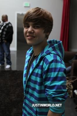 "Justin en studio d'enregistrement pour ""Maria's Madcap Adventures Normal19"