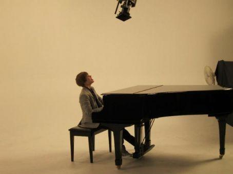 "Behind The Scenes ""U Smile "" Tfxjno10"