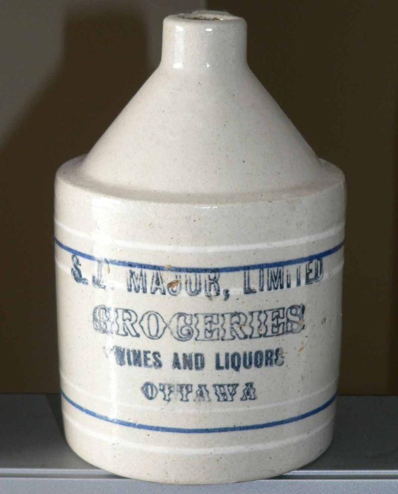 La bière Budweiser était vendue au Canada en...   1915!!! P1150310
