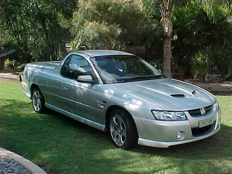 MY VZ Storm ute with a few extras Vz_ute10