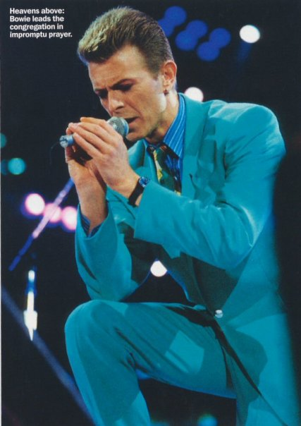 David Bowie pictures. - Page 3 7027_110